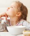 Pourquoi mon enfant mange à la garderie mais pas à la maison ?