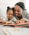 Trucs d'éducatrices: Comment aimer lire les histoires aux enfants qui bougent sans arrêt?